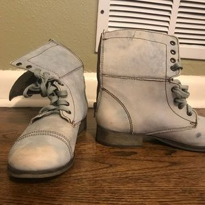 Steve Madden Lace Up Boots